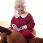 Girl Santa Children Christmas Photo shoot. Tomteflicka barnfotografering jul.
