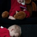 Children Christmas Photo shoot. Barn fotografering med Rudolf med Röda mulen jul.