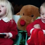 Children Rudolf the Ren-nosed Raindeer Christmas Photo shoot. Barn fotografering jul.